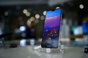 Doanh số điện thoại của Huawei ở Tây Âu tăng 'trong vài ngày qua'
