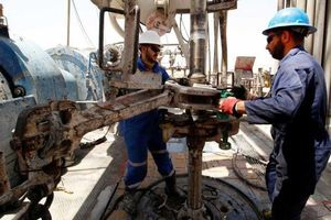 Giá dầu có tuần tăng mạnh nhất 2 năm rưỡi do căng thẳng Mỹ-Iran