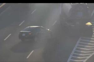 Ô tô chạy lùi trên cao tốc Hà Nội-Hải Phòng khiến xe bồn suýt gây tai nạn