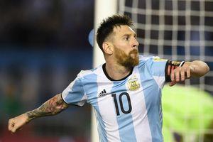 'Hàng trăm huấn luyện viên đã bất lực trong việc ngăn cản Messi'