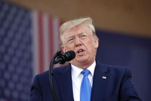 Tổng thống Trump: Mỹ chỉ dừng tấn công Iran vào lúc này