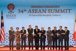 Tổng thống Philippines cảm ơn Thủ tướng Nguyễn Xuân Phúc về vụ tàu cá