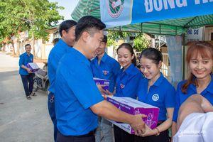 Tỉnh đoàn, Hội Sinh viên Nghệ An tổ chức Lễ ra quân Tiếp sức mùa thi