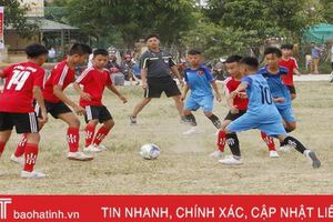 Sân chơi bóng đá cuốn hút thiếu niên - nhi đồng Hà Tĩnh