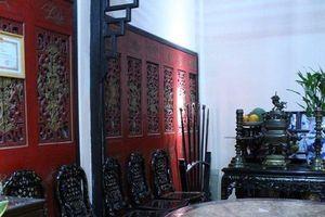 Bất ngờ với nguồn gốc nội thất quý hiếm bên trong 'biệt phủ' trăm tuổi của người giàu thứ ba Sài thành xưa
