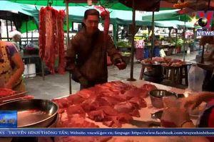 Thái Lan cấm nhập khẩu thịt lợn từ Lào