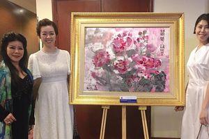Thưởng thức 'Hương vị đồng quê và Moutai' qua triển lãm tranh của họa sĩ Văn Dương Thành