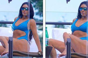 Kim Kardashian khoe dáng đẫy đà với bikini gợi cảm trên bãi biển