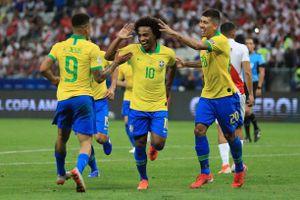 Roberto Firmino tỏa sáng, Brazil dễ dàng 'hủy diệt' Peru