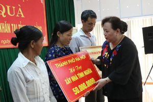 Đoàn công tác TP Hà Nội thăm, tặng quà tại tỉnh Cao Bằng