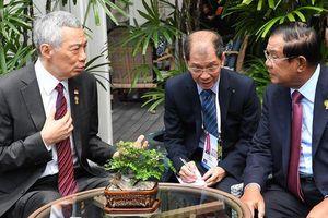 Thủ tướng Campuchia, Singapore nhất trí 'không khơi lại quá khứ'