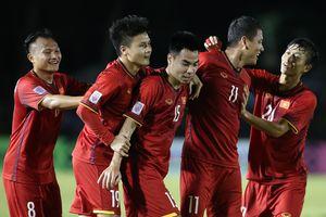 Quang Hải tái đấu Stephan Schrock đáng gờm ở AFC Cup