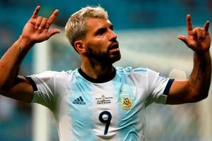 Aguero ghi bàn đưa Argentina vào tứ kết Copa America 2019