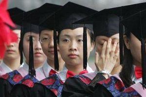 Sinh viên Trung Quốc trở thành 'tốt thí' trong thương chiến Mỹ - Trung
