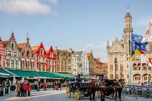Thị trấn đặc trưng thời Trung cổ hạn chế du lịch