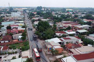 Sớm nâng cấp đồng bộ đường vào Khu công nghiệp Đông Nam