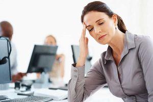 4 dấu hiệu cảnh báo tai biến mạch máu não