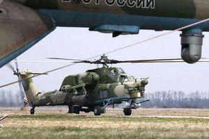 Máy bay 'Thợ săn đêm' của Nga biểu diễn bay 'xoay vòng' đầy ngoạn mục