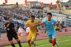 Loại 4 trọng tài tại giai đoạn 2 Giải bóng đá chuyên nghiệp quốc gia