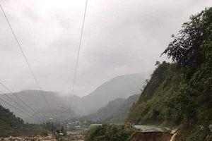 Lai Châu: 3 người mất tích, quốc lộ 4H tê liệt hoàn toàn do mưa lớn