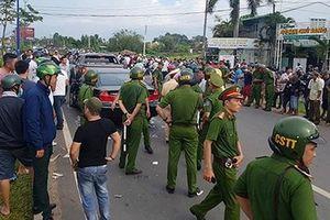 Bắt tạm giam 3 bị can vây chặn xe chở công an ở Đồng Nai