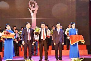 Hoa Sen đạt Giải thưởng Chất lượng Quốc gia 2018