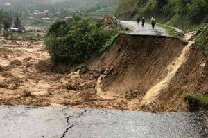 Nhiều tuyến đường bị chia cắt do mưa lũ ở Lào Cai, Lai Châu