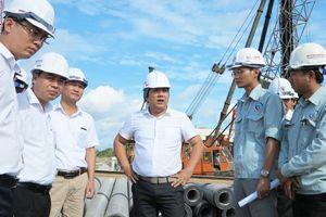 Cao tốc Trung Lương - Mỹ Thuận: Công trường ngóng trông đồng vốn