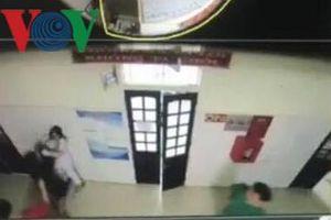 Nữ điều dưỡng bị hành hung ngay tại Trung tâm y tế huyện