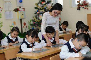 Từ 1-7, lương giáo viên tăng tối đa thêm 800.000 đồng/tháng