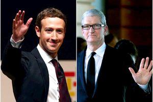 Facebook đấu 'võ mồm' với Apple