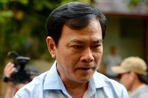 Nguyễn Hữu Linh trốn trong nhà vệ sinh khi đến tòa