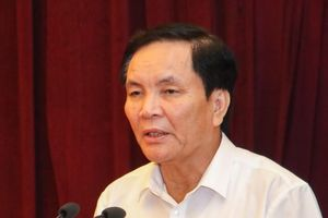 Ông Cấn Văn Nghĩa không trả lời vụ xin từ chức phó chủ tịch VFF