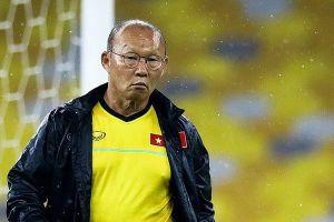 Ông Nghĩa từ chức không ảnh hưởng tới hợp đồng của HLV Park