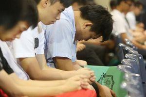 Học sinh Hong Kong áp lực nặng nề với kỳ thi quyết định vào Đại học