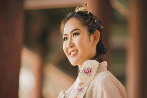 Á hậu Trúc Ny tung bộ ảnh diện Hanbok trong chuyến công tác Hàn Quốc