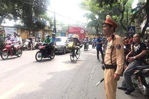 1.000 CSGT giữ đường phố thông thoáng, thí sinh yên tâm đến phòng thi