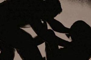 Bắt 2 đối tượng sử dụng ma túy rồi hiếp dâm cụ bà