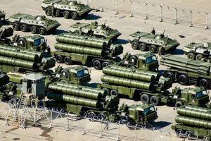 Nga cho S-300, S-400 tập trận bảo vệ các mục tiêu chính phủ