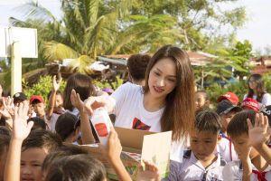 Hoa hậu Hương Giang xuất hiện trong đề văn nghị luận xã hội của kỳ thi tốt nghiệp THPT quốc gia
