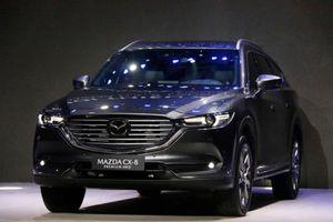 Giá bán cao nhất phân khúc, Mazda CX-8 có theo 'lối mòn' của CX-9?
