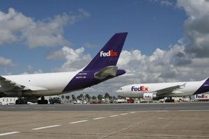 Trung Quốc cân nhắc đưa FedEx vào danh sách đen