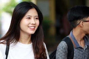 Nụ cười tỏa nắng, nữ sinh 'gây bão' mạng xã hội