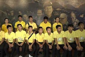 Thái Lan kỷ niệm 1 năm giải cứu đội bóng thiếu niên
