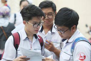 Không khớp mã đề, thí sinh Sài Gòn thi Sinh học trễ 15 phút