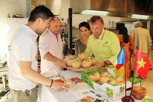 Quảng bá nông sản Việt Nam tại Pháp
