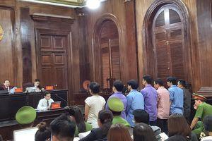 Vợ bác sĩ Chiêm Quốc Thái bị xử 18 tháng tù vì thuê người chém chồng