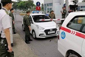 Bị nhắc nhở đỗ xe sai quy định, tài xế taxi dùng dao uy hiếp nhân viên an ninh sân bay Nội Bài