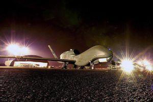 Nga tố máy bay trinh sát Mỹ vi phạm không phận Iran