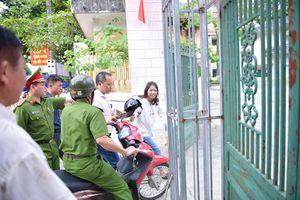 Cảnh sát kể chuyện hú còi xe chuyên dụng đưa thí sinh ngủ muộn đi thi